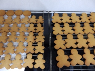 Cooling the biscuits