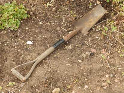 Abandoned spade