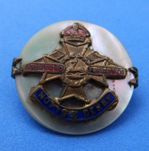 Sherwood Foresters sweetheart brooch