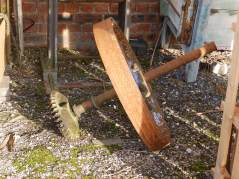 Rusty junk at Middleport Pottery (1)