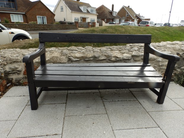 Memorial bench to Captain Fryatt